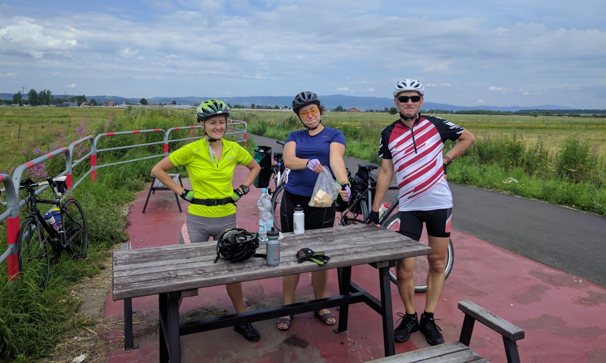 Przy ścieżce wiele miejsc odpoczynku dla rowerzystów